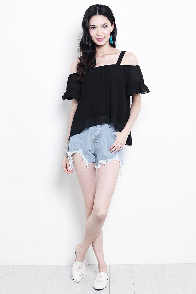 Daphne Top Black