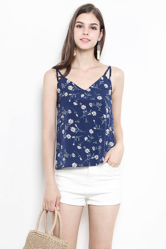 Enna Top Navy Floral