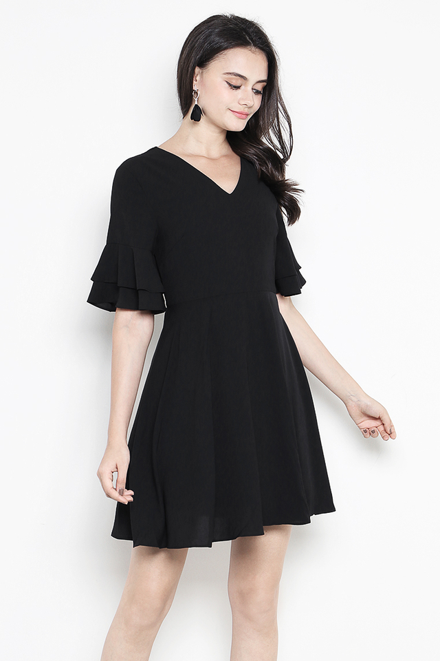 Jerin Dress Black