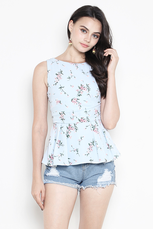 Verena Top Mint Floral