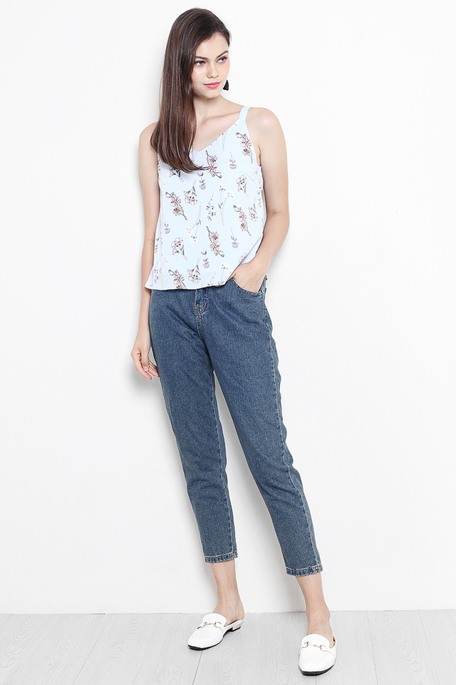 Carin Top Light Blue Floral