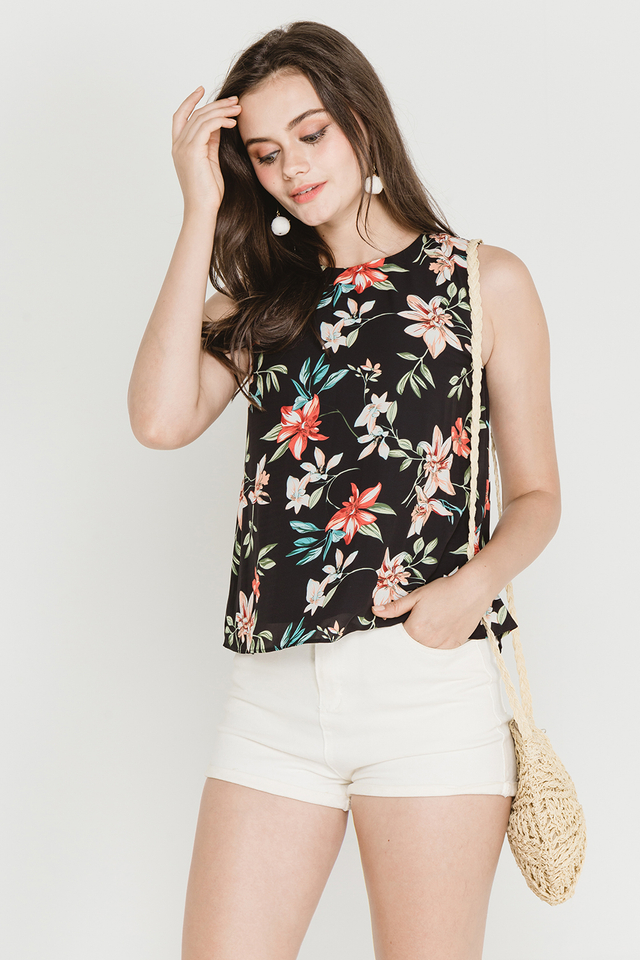 Ciera Top Black Floral