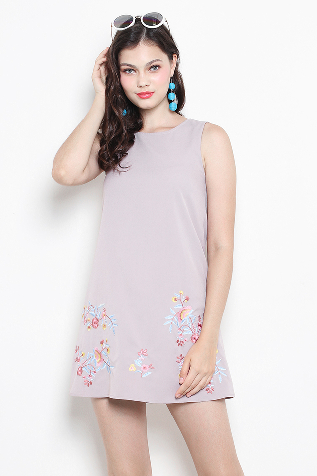 Arya Embroidery Dress Grey