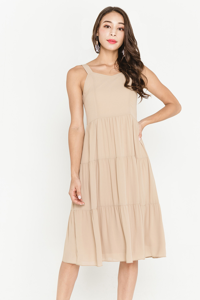 Amberly Dress Sand