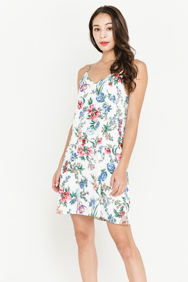 Esmay Floral Dress White