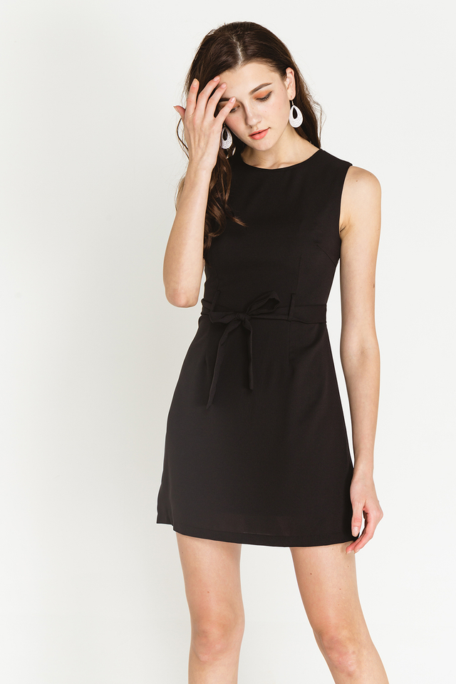 Margret Dress Black