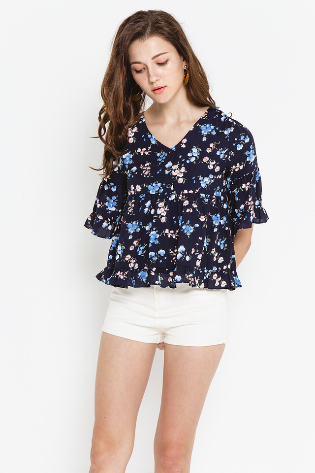 Heather Top Navy Floral