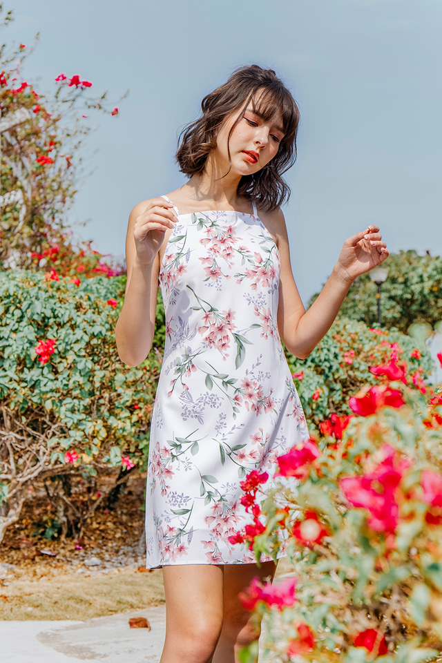 Kylee Dress White Floral
