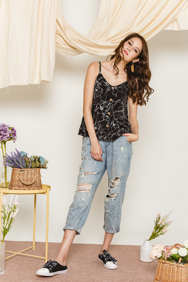 Shelly Top Black Floral