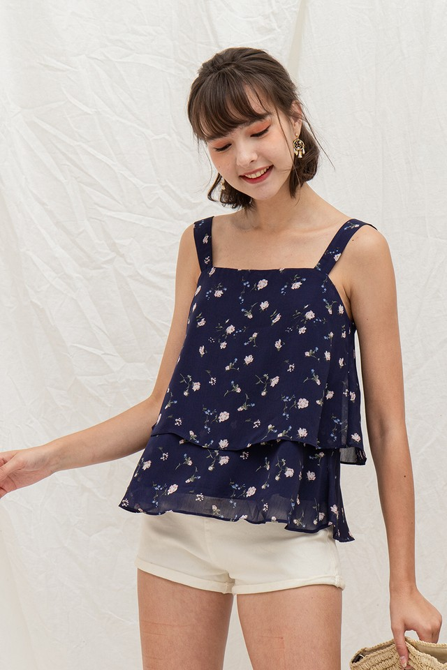 Xavia Top Navy Floral