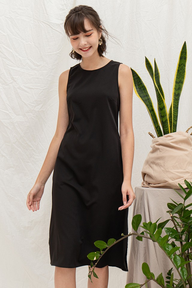 Riya Dress Black