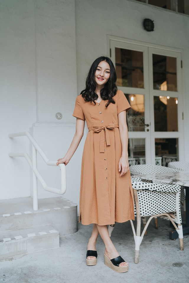 Yessica Dress Camel