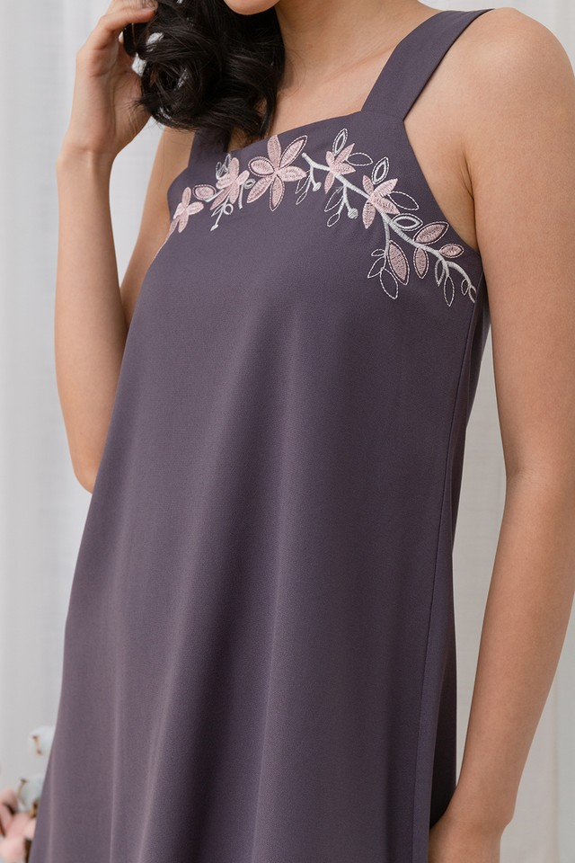 Meghan Embroidery Dress Grey