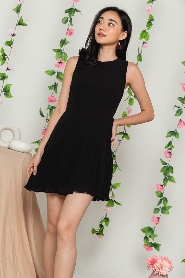 Averie Dress Black