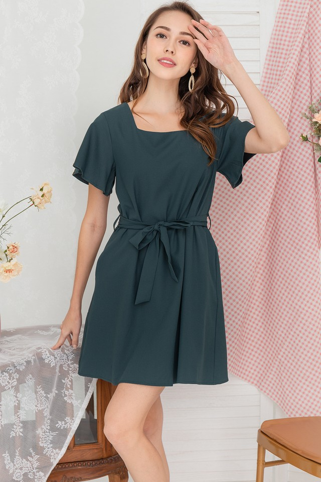 Amya Dress Emerald