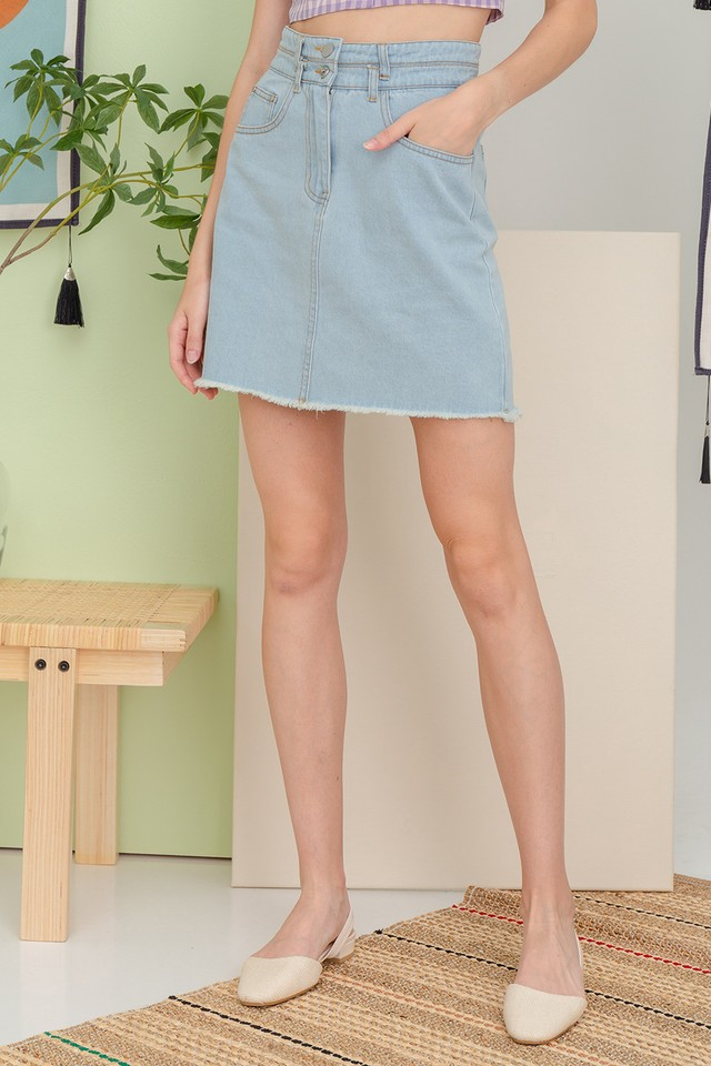 Pira Denim Skirt Light Wash