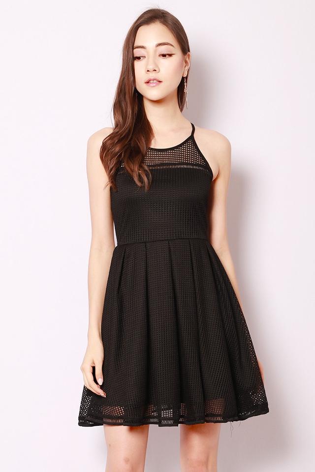 SSD Aiza Dress Black