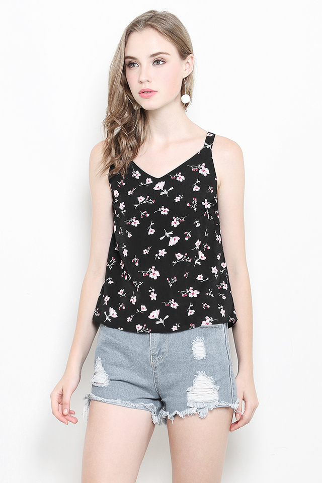 Malory Top Black Floral
