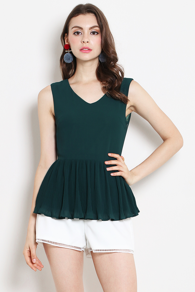 Dixie Pleat Top Forest