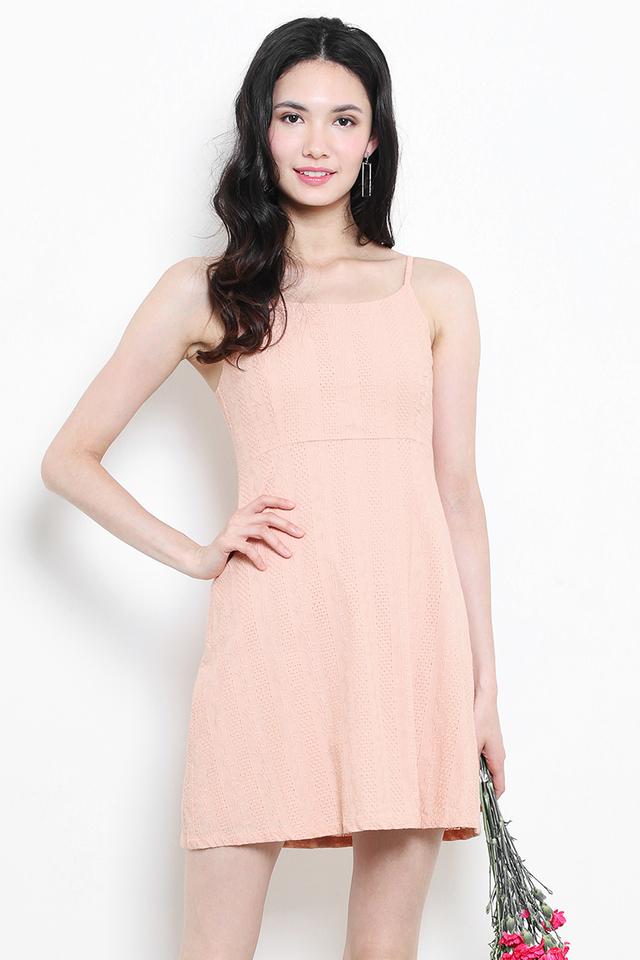 Nico Dress Peach