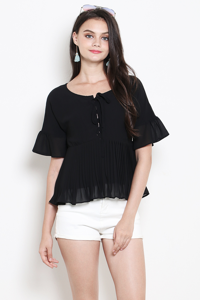 Cecile Pleat Top Black