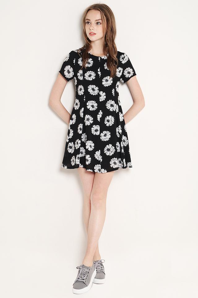 Fannie Dress Black Daisy