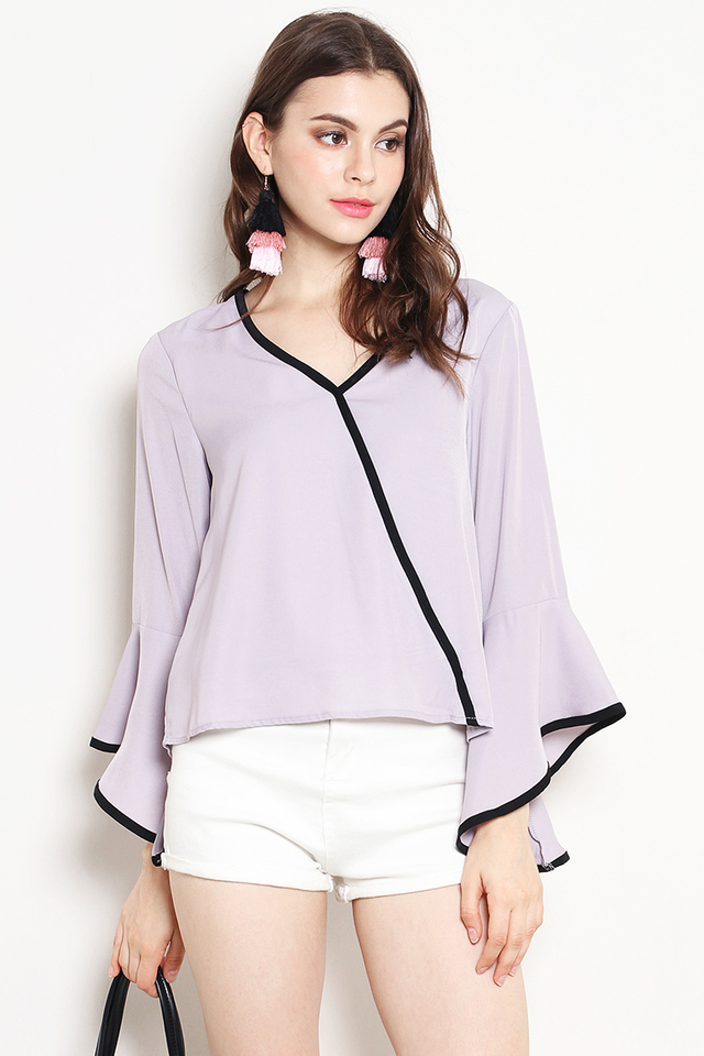 Shirina Outline Top Grey