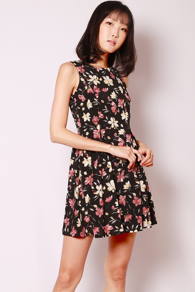 SSD Elora Dress Black Floral
